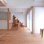 『大きなロフトとイチイの大黒柱のある最上階リノベーション』兵庫県神戸市須磨区